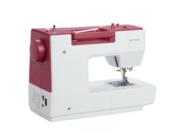 Máquina de Costura Bernette Sew&Go 8