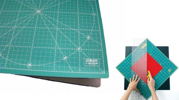 Base de Corte Rotativa Olfa - 30cm x 30cm